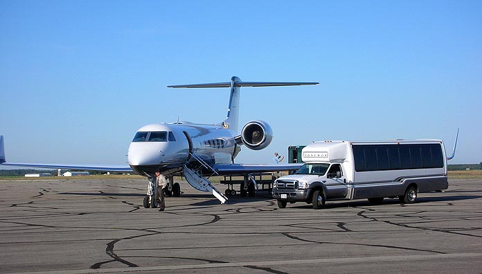 How To Take A Private Jet Charter And Fly In Style